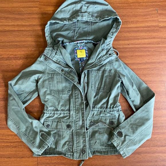 Prince Fox 🦊 Size XS Olive green jacket